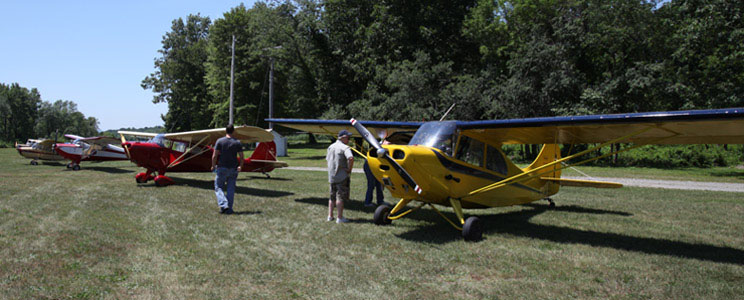 Warwick Municipal Airport Services
